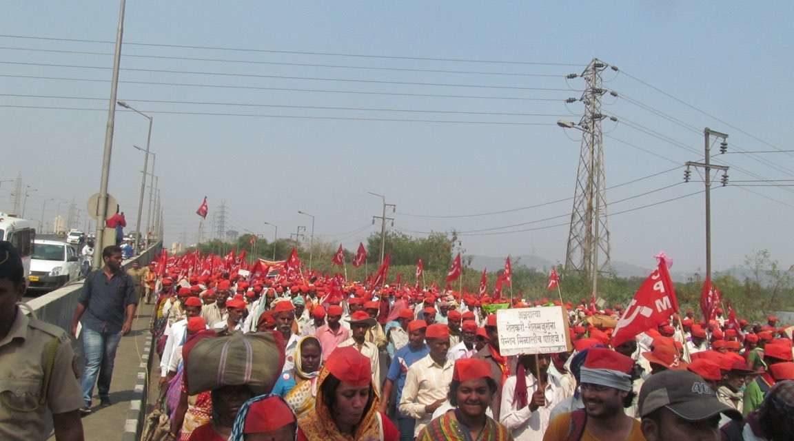 Unprecedented Long March of Peasants in Maharashtra